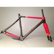 On One Space Chicken 650+/ 700c Carbon Gravel Frameset / Medium (54) / Anthracite and Red