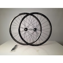 Vision Team 30 Disc Road 6 Bolt Wheelset / 24/28H / Shimano/SRAM 10/11sp / Cosmetic Damage