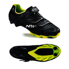 Northwave Scorpius 2 Plus Cycling Shoes / Black and Fluo Green / 40