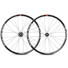 Fulcrum Racing 700 Disc Centrelock Clincher Wheelset