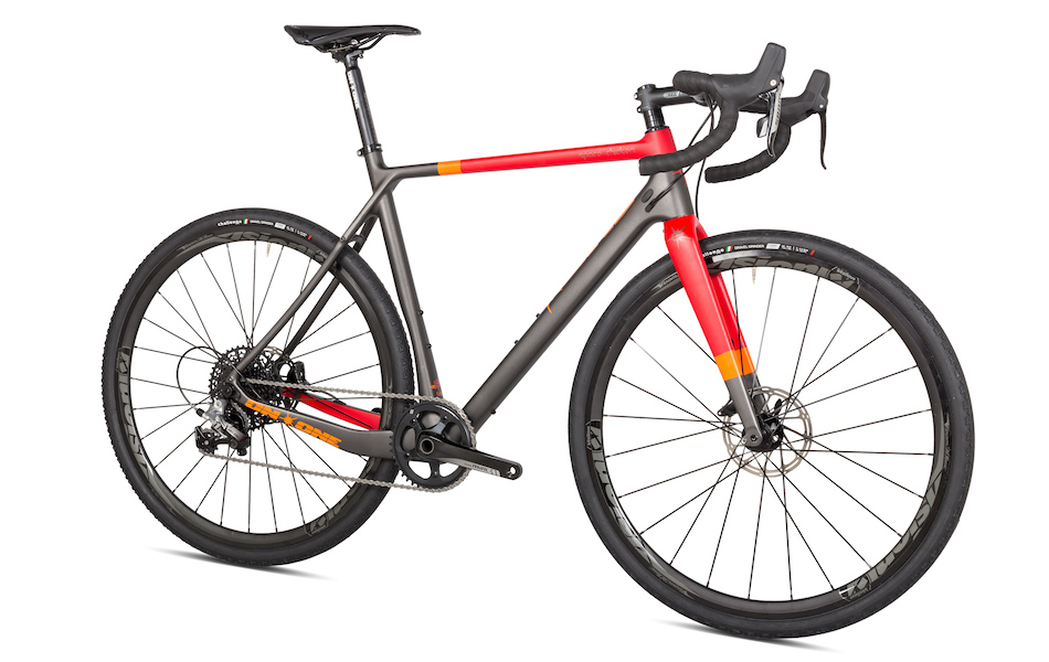 On One Space Chicken SRAM Rival 1 Gravel Bike 700C Wheels